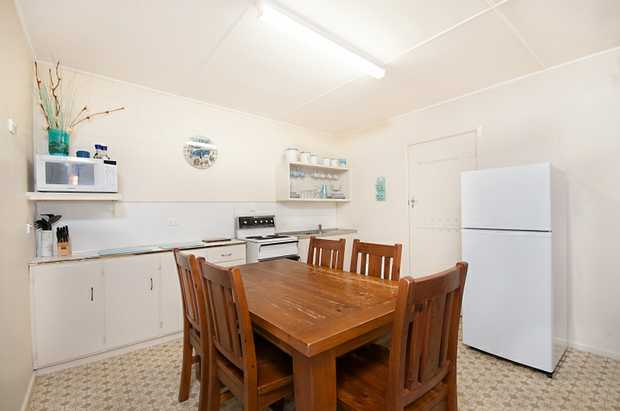 Easy stroll into town, close to Beaches and clubs. This furnished unit is comfortable in size with two...