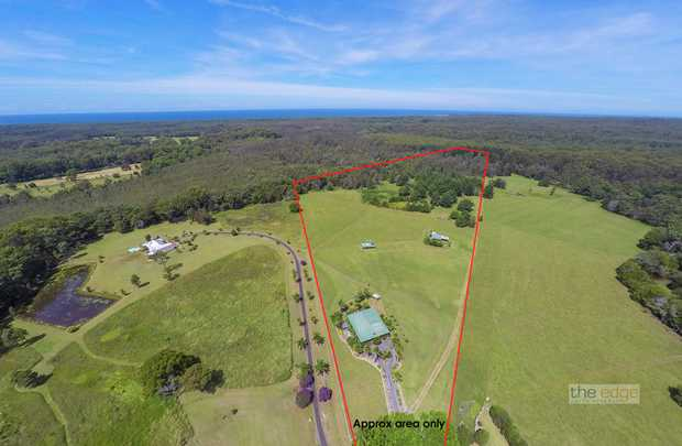 Whether you are looking for a peaceful rural retreat close to Coffs Harbour or a bed and breakfast w...