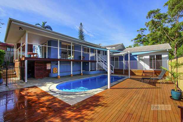 Nestled in the quite streets of Korora with coastal styled interiors and a generous, easy-flow...