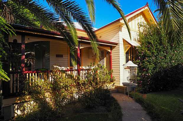 Built circa 1934 is this elegant home located in the heart of Coffs Harbour greets you with grandeur...