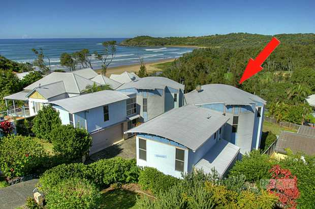 A rare opportunity exists to purchase one of the Coffs Coasts most desired beachside locations.  Boa...
