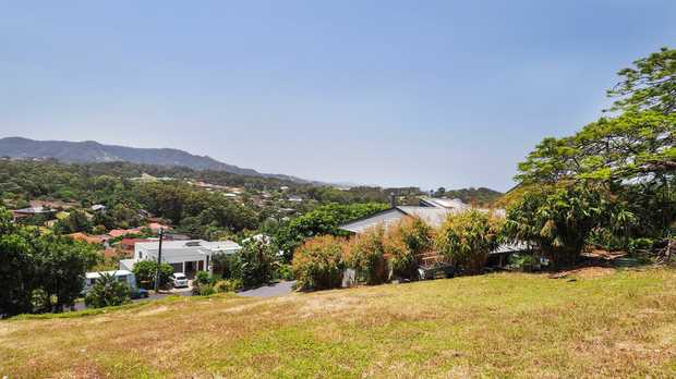 Imagine living in one of the best streets in Coffs Harbour and being able to walk down to a fantastic...