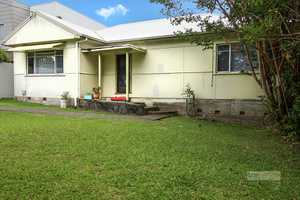 Charming cottage, walk to CBD or to the Jetty...