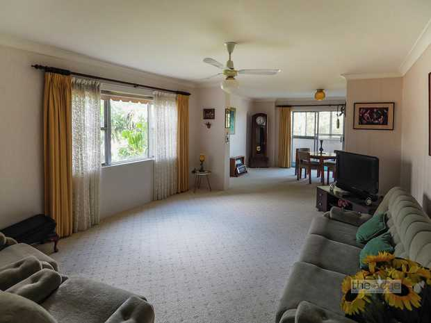 If security, position and size are important you must inspect this spacious apartment on the 3rd flo...