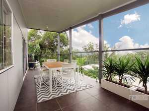 Stunning home in beautiful Korora...