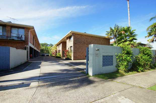 Conveniently located seconds from Park Beach Plaza and within walking distance to beaches, parks and...