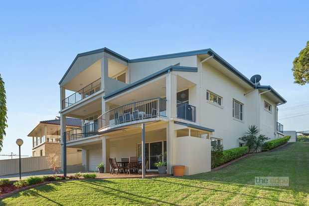 Well situated, elevated, offering coastal glimpses and hinterland views, this new to the market prop...