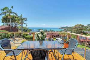 Spectacular ocean and island views, architecturally designed - walk to beach...