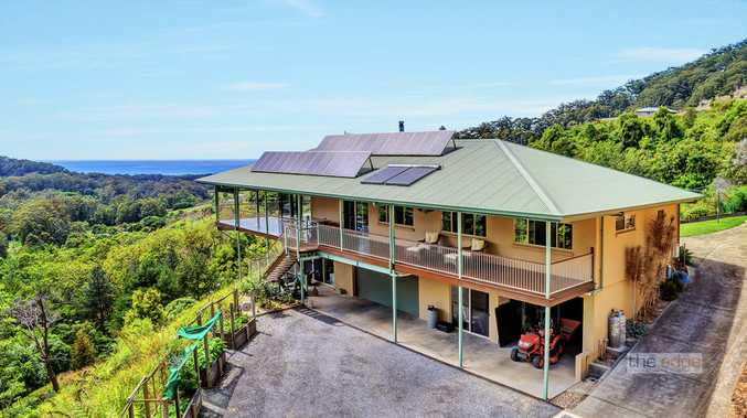 Stunning vista of ocean and forest - 10ha approx...