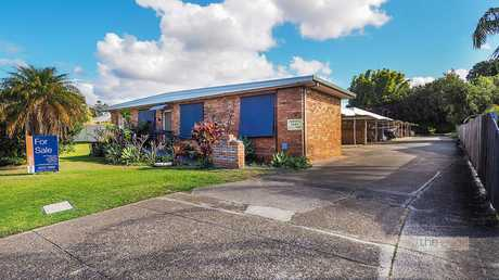 This unit is a true representation of inner city living at its finest. Located only a short and easy...