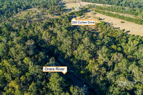 Come build your dream home here! 37 acres approx.  (15 hectres approx.) with pristine wide river...