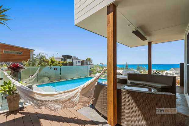 A superb architectural design and build has created a stunning contemporary coastal family home...