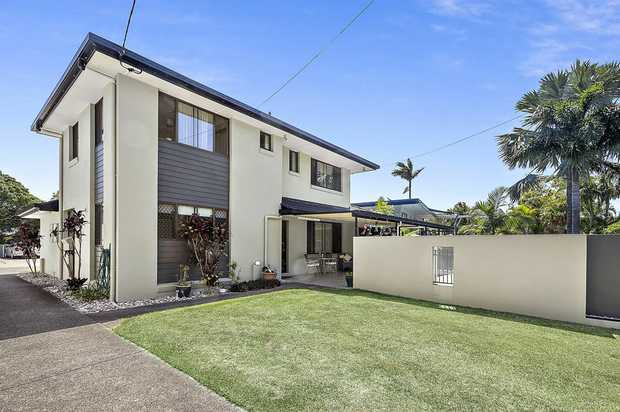 Quality easy to live in three-bedroom apartment within walking distance to Park Beach Reserve and the...