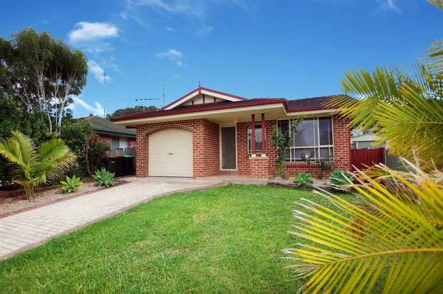 Whether you're an investor, first home buyer, downsizer or a young family, this beautifully maintained...