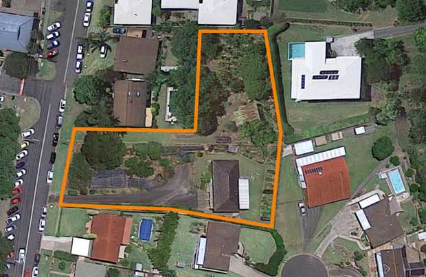 Centrally located opposite Baringa Private Hospital and within easy reach of Coffs Harbour's CBD this...
