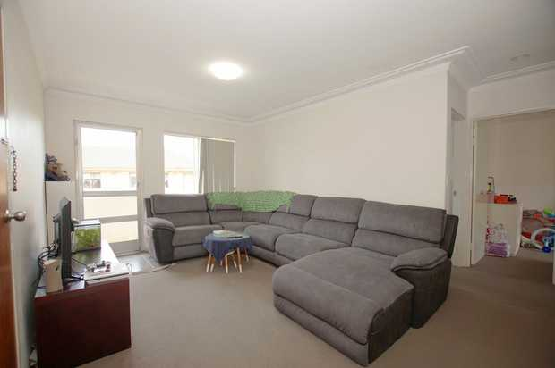 Set in a complex of four units and located only a short walk from the CBD is this updated two bedroom...