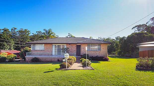 Popular street address, in close proximity to Coffs Harbour town centre and priced for the market...