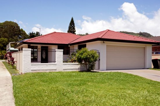 Step inside this immaculate home and discover free flowing open plan living and light filled kitchen...