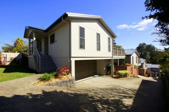 Don't miss an opportunity; this 3 bedroom double garage townhouse is an easy walk to Boambee Beach...