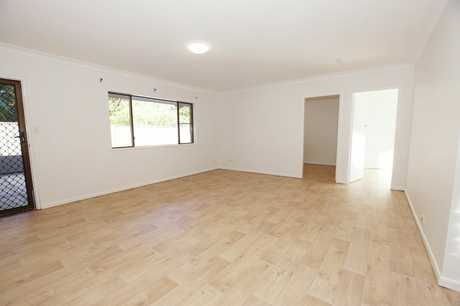 This renovated ground floor unit is situated within walking distance to beautiful beaches, shops...