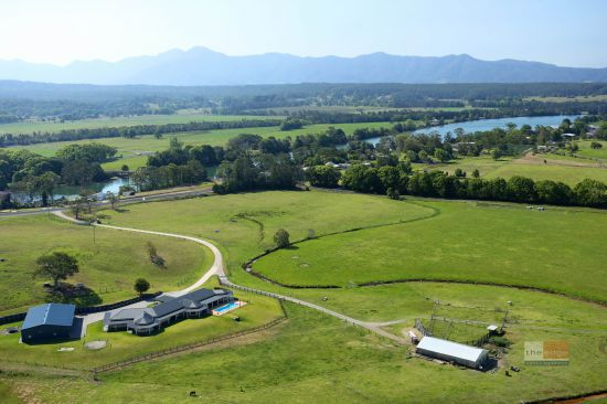 LOCATION: * Just 20 minutes south of Coffs Harbour CBD and airport * Close proximity to beach, hin...