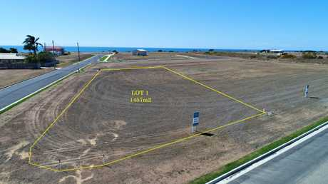 Lot 1 is a generous 1457m2 allotment located in Hamptons Estate, Burnett Heads newest and only ocean...