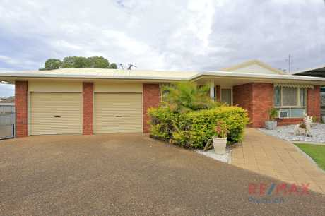 Pets on application. The property features 4 bedrooms, all with built ins plus an ensuite, ceiling fan...