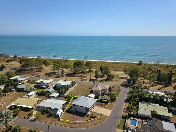 With ocean views and capturing the beautiful ocean breezes is this must have beachside home offering a...