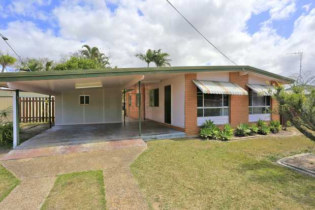 This must-see property boasts:  - 3 bedrooms, 2 with built in cupboards  - Good size lounge room  ...