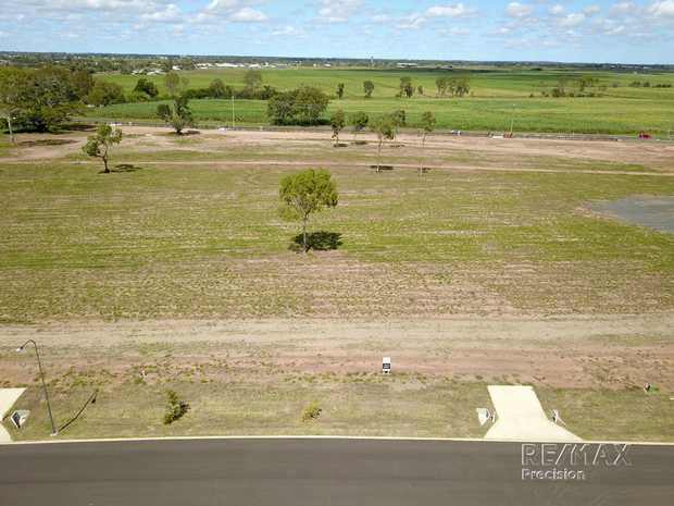 Located adjacent to Tantitha Lagoon and one of Bundabergs oldest surviving homesteads, Tantitha Rise...