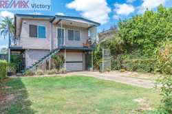 Conveniently located is this modern highset 3 Bedroom family home situated close to all amenities an...