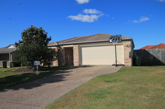 * 4 generous size bedrooms all with built in robes and ceiling fans.  * Master with en-suite *...