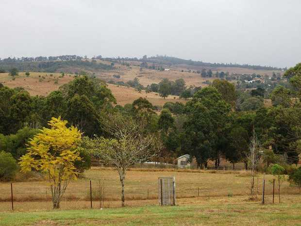 This 3 bedroom home is situated at the top of Blackbutt with views all the way to Yarraman.  ...