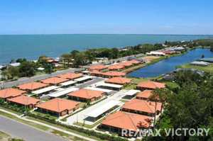 Beautifully situated across the road from the beach, Oxford Crest Beachmere residents enjoy gentle, sea...