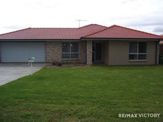 This 4 bedroom home has been thoughtfully designed with large bedrooms all with built in robes and...