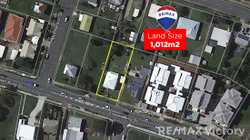Perfectly positioned to hospitals, schools, public transport, central lakes shopping precinct and th...