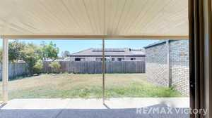 If you are looking for that perfect investment property or a place to call home, this is the property...