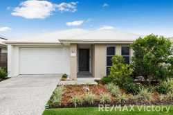 With everything you need situated conveniently inside this well designed complex there is no need to...