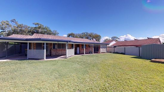 Let the kids walk to school - this home is across the road can it get any easier than that!   Enjoy...