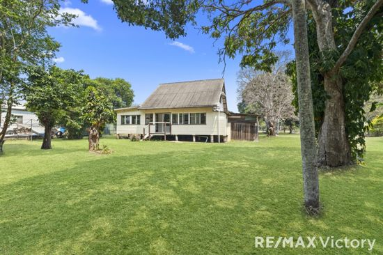 Situated on a 2027m Block ( Half Acre) sits a Post War Cottage with yesteryear charm. The home offers...