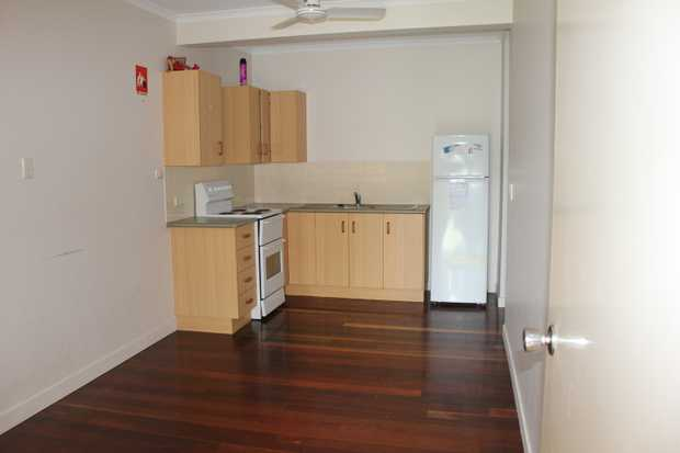 Suited to singles or couples, this affordable one bedroom unit located centrally in Emu Park is...