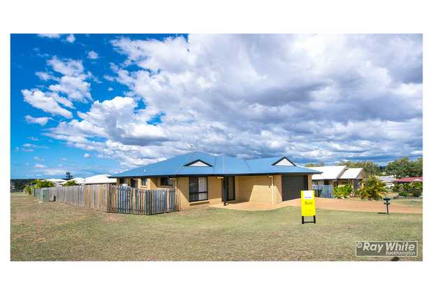 Are you looking for a home close to the Gracemere Shopping Centre and Schools? Well look no further. *...