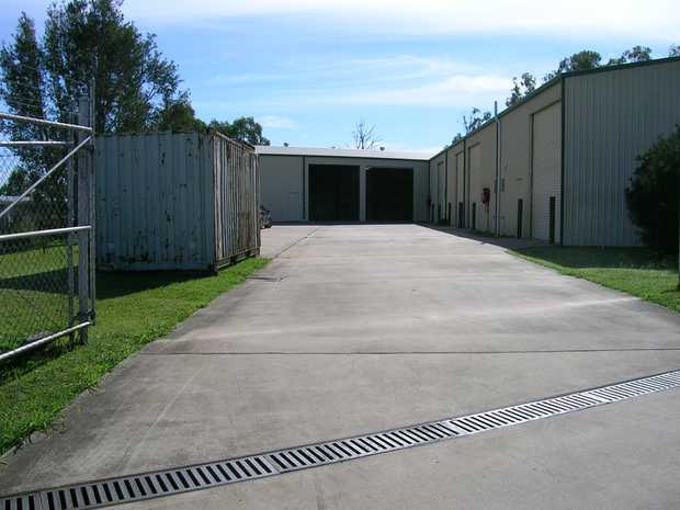 - Colorbond with 2 roller doors ( 4m*x 4.8m* to eaves ) and natural roof lighting     - Shed 1 (558m2*)...