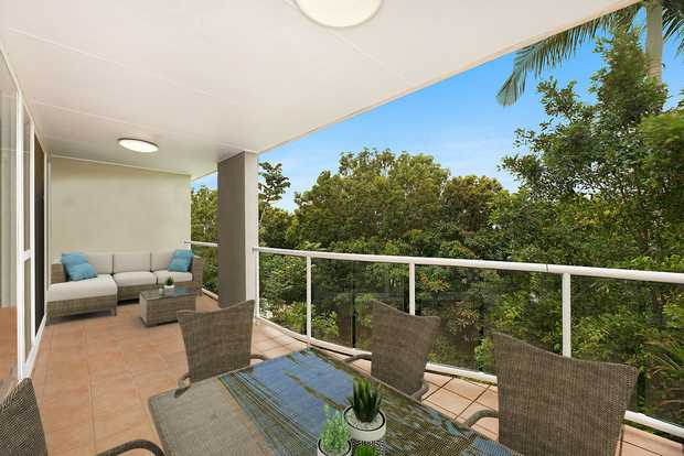 Open plan living, a boutique complex and a north-east facing outdoor area this is Buderim apartment...