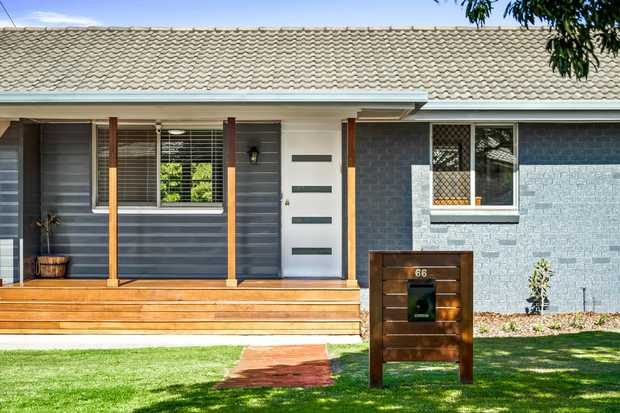 Nestled in a nice quiet street in the heart of Centenary Heights within walking distance to Schools...