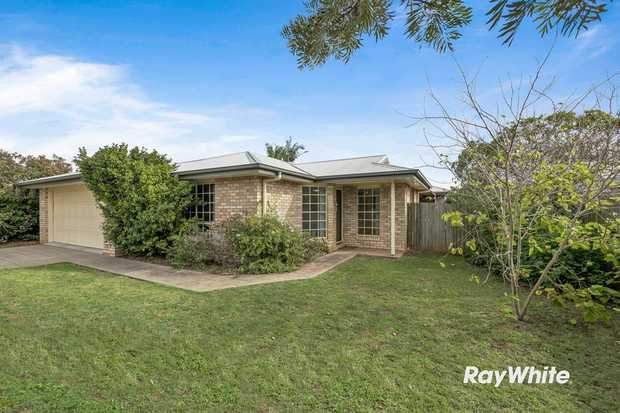 Back on the market and needs to be sold by the end of Febraury. This four bedroom, two bathroom home is...