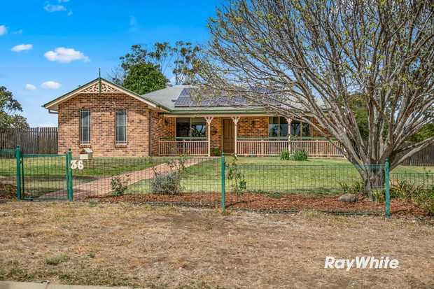 Be impressed by the lifestyle and opportunity that this unique property offers. Located just 2 minutes...