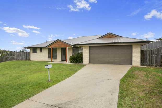 This commanding 4 bedroom home is a stones throw to Gympie High and the aquatic centre. Occupying a...