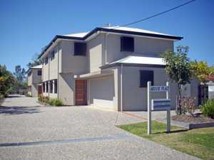 YOU WILL NOT FIND A BETTER POSITION THAN THIS.    Choice of Unit 1 or Unit 2. (The owner would...