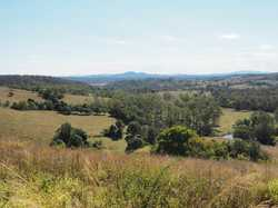 If you are after views, then look no further. On offer is this amazing 10,800m2 (2.66 acre) allotmen...